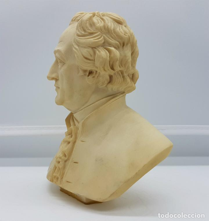Antigüedades: Busto antiguo del famoso poeta Johann Wolfgang von Goethe,tallado y firmado por A. Giannelli . - Foto 4 - 211436656