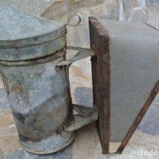 Antigüedades: AHUMADOR DE APICULTOR . Lote 76766603