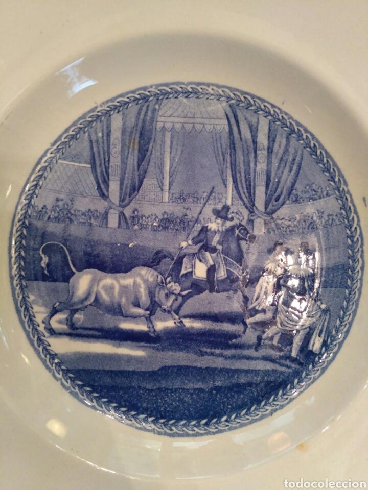 Antigüedades: Platos de loza vidriada de la Cartuja del siglo XX - Foto 2 - 76837566