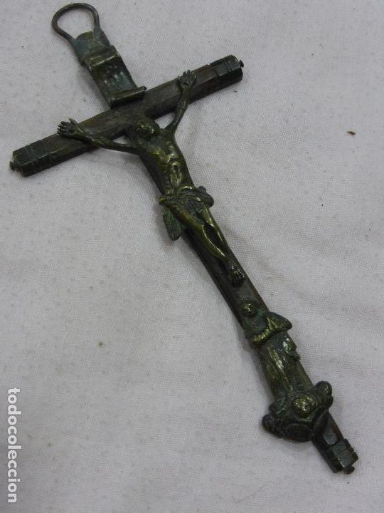 ANTIGUA CRUZ PECTORAL-BRONCE CON FRONTAL-CRUZ DE PALOSANTO - PRECIOSA PÁTINA - ORIGINAL S. XVI - (Antigüedades - Religiosas - Crucifijos Antiguos)
