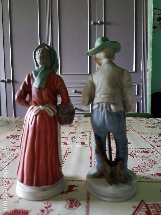 Antigüedades: Figuras de porcelana de taiwan pareja de ancianos 19 × 7 cm - Foto 2 - 77142193