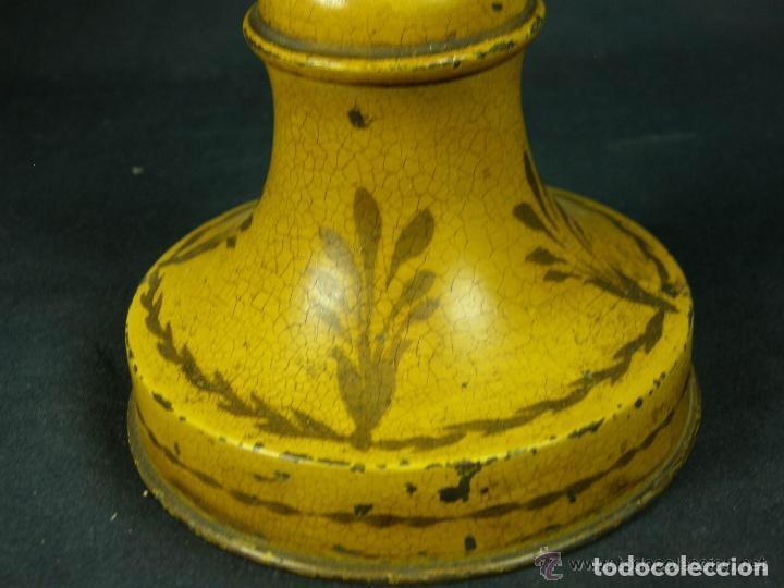 Antigüedades: lámpara tôle, chapa de hojalata policromada,decoración floral, palmetas en la base.Muy coqueta - Foto 3 - 77228709