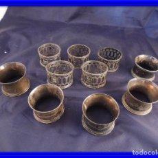 Antigüedades: CONJUNTO DE DIEZ SERVILLETEROS EN METAL PLATEADO ANTIGUOS. Lote 77432877