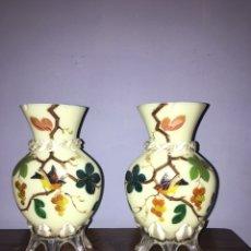 Antigüedades: PAREJA DE JARRONES DE OPALINA PINTADOS A MANO. Lote 77453623