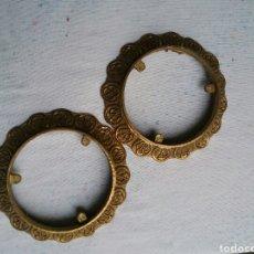 Antigüedades: POSA JARRONES DE BRONCE. Lote 77461273