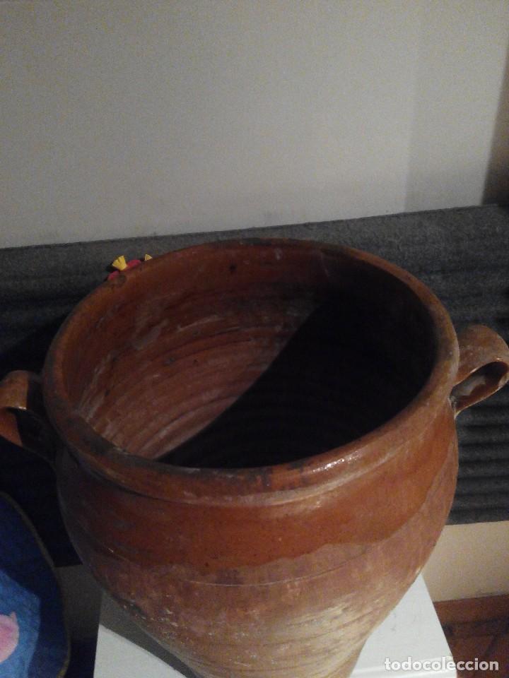 Antigüedades: TINAJA BARRO ORZA CANTARO DE BOCA ANCHA DOS ASAS AÑOS 1930 - Foto 2 - 77542485