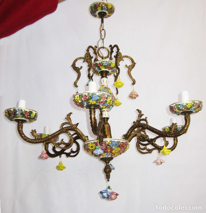 Antigüedades: LLAMATIVA LAMPARA ANTIGUA BRONCE Y FLORES CERAMICA MANISES SALON - Foto 3 - 77629761