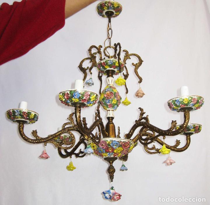 Antigüedades: LLAMATIVA LAMPARA ANTIGUA BRONCE Y FLORES CERAMICA MANISES SALON - Foto 4 - 77629761