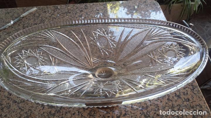 Antigüedades: antiguo centro de mesa en cristal y base plateada. precioso - Foto 2 - 77740185
