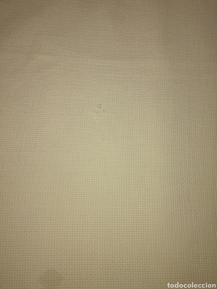 Antigüedades: Antiguo tapete bordado - Foto 4 - 225821895