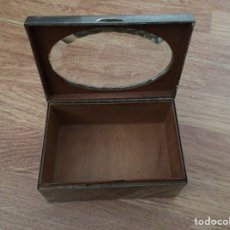 Antigüedades: CAJA PLATEADA ANTIGUA. Lote 91362463