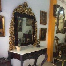 Antigüedades: CONSOLA ALFONSINA CON ESPEJO EN PAN DE ORO .MEDIDAS:1´30X2´40.MADERA DE CAOBA. Lote 66324474