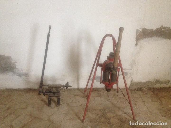 BOMBAS HIERRO AGRICULTURA (Antigüedades - Técnicas - Rústicas - Agricultura)