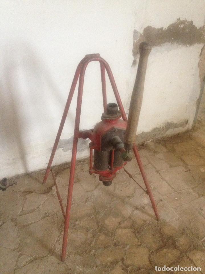 Antigüedades: BOMBAS HIERRO AGRICULTURA - Foto 2 - 78087565