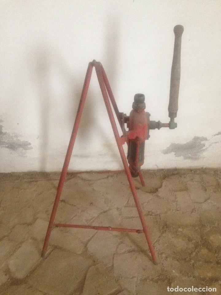 Antigüedades: BOMBAS HIERRO AGRICULTURA - Foto 4 - 78087565