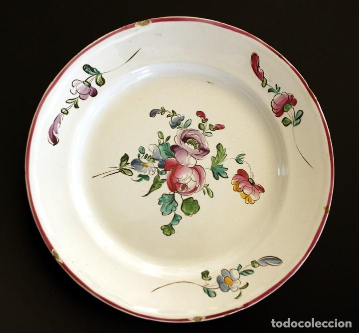 ALCORA PLATO DE LA SERIE DE FLORES ALEMANAS - S. XVIII - XIX (Antigüedades - Porcelanas y Cerámicas - Alcora)
