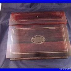 Antigüedades: CAJA ESCRITORIO DE MADERA DE PALISANDRO CON MARQUETERIA. Lote 78185613
