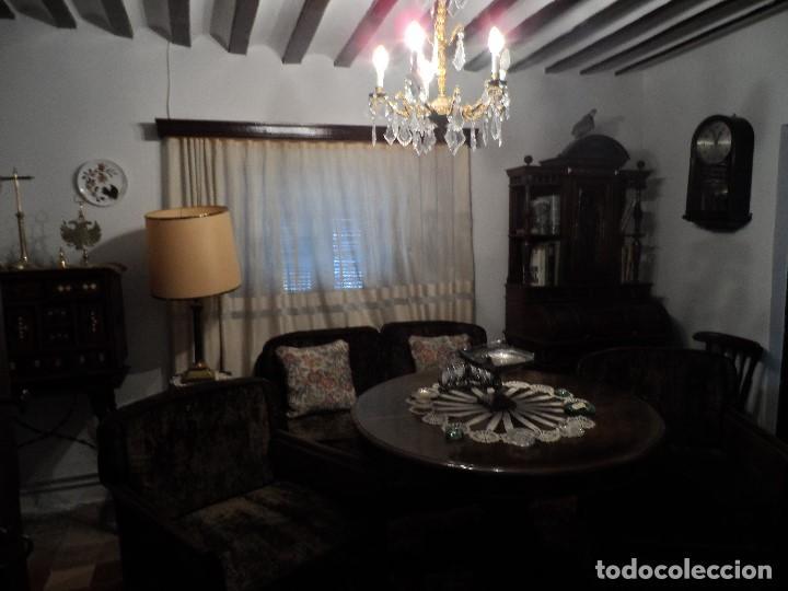 mesa comedor antigua con sofa y dor tresillos - Comprar Mesas ...
