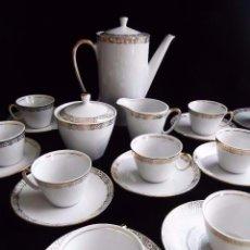 Antigüedades: JUEGO CAFE PORCELANA SANTA CLARA ( VIGO ) CENTENARIA DE 12 SERVICIOS, COMPLETO Y SIN USO. . Lote 78223745