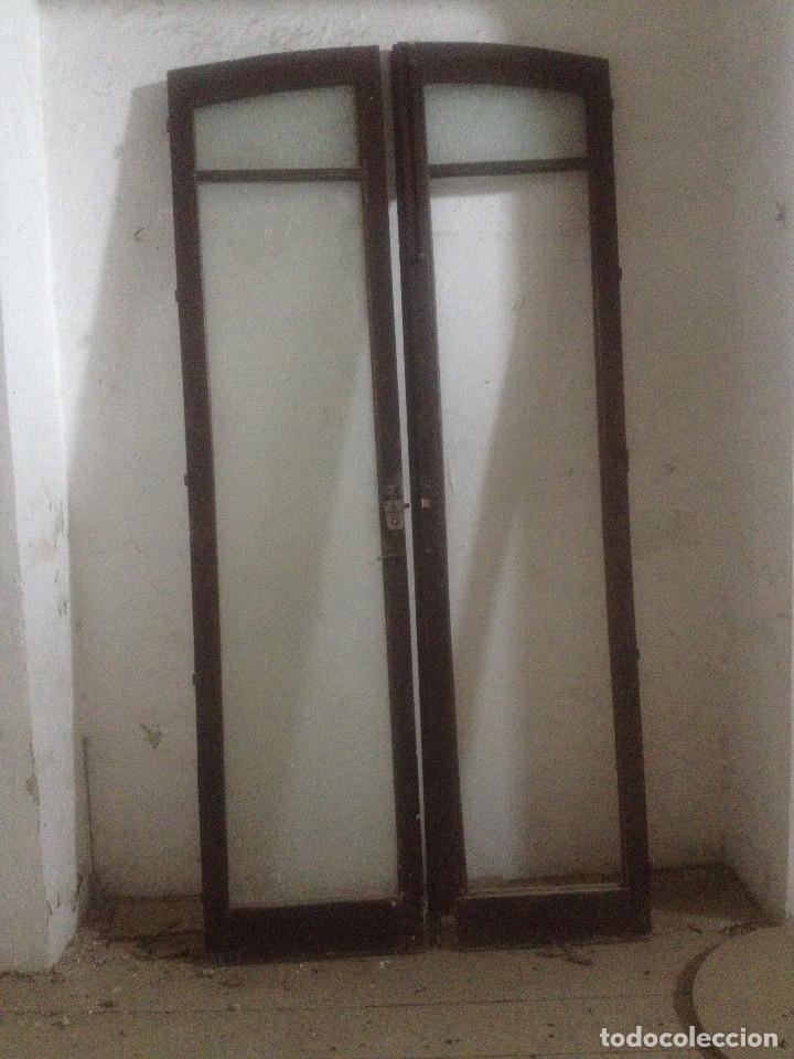 Puertas madera muy antiguas dos hojas comprar for Puertas antiguas de madera de 2 hojas