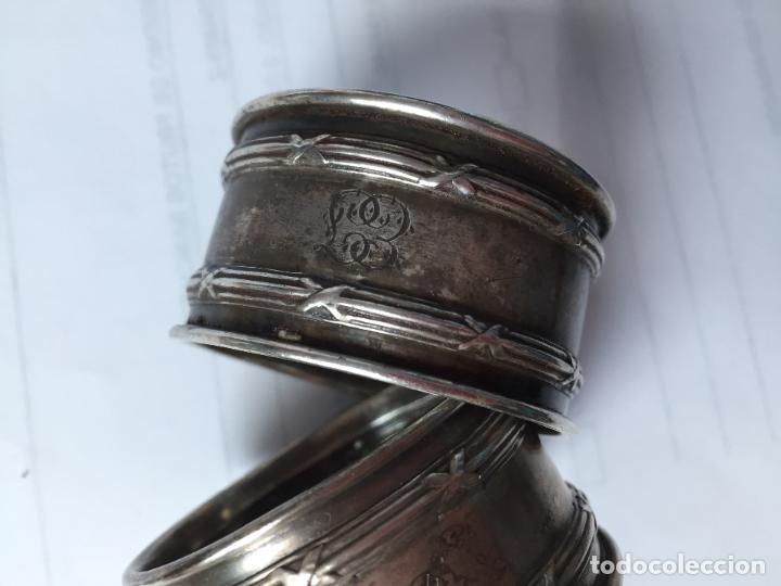 Antigüedades: PAREJA SERVILLETEROS MUY ANTIGUOS GRABADOS A MANO - Foto 3 - 78520665