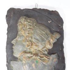 Antigüedades: DAMA EN RELIEVE. ESTUCO. POLICROMADO. ART NOUVEAU. ESPAÑA. SIGLO XX.. Lote 78589297