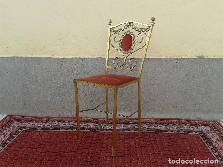 Antigüedades: silla antigua de metal estilo isabelino, silla metálica isabelina retro vintage, silla descalzadora - Foto 2 - 78695665