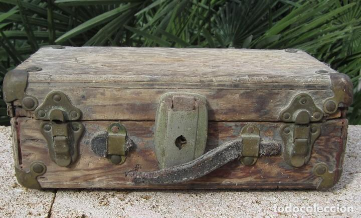 ANTIGUO BAÚL MADERA (Antigüedades - Muebles Antiguos - Baúles Antiguos)