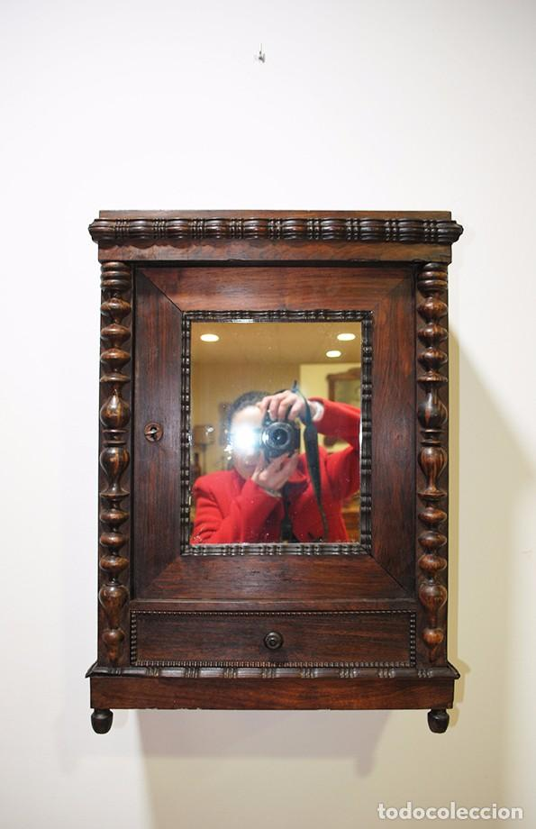 Armario de colgar antiguo para ba o comprar muebles - Muebles antiguos para banos ...