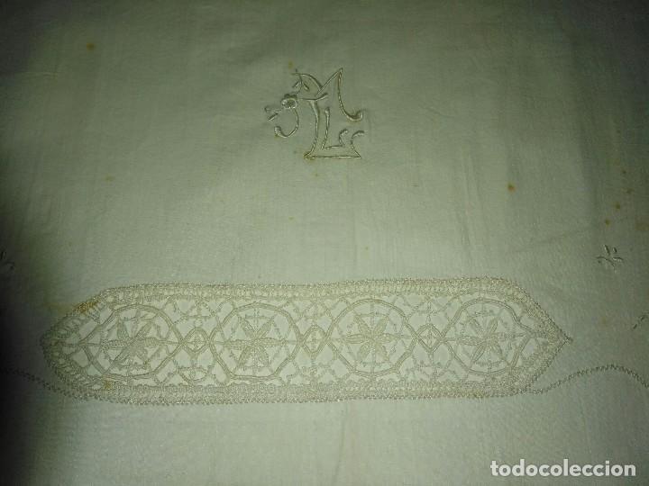 Antigüedades: Antigua sábana bordada - Foto 3 - 78938349