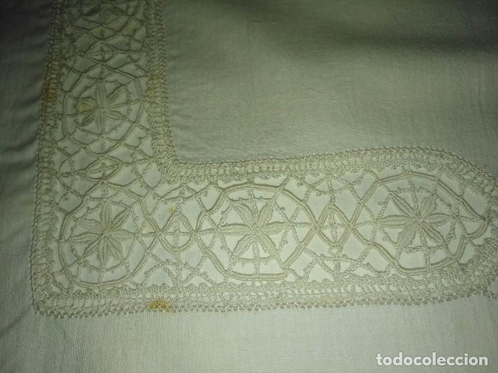Antigüedades: Antigua sábana bordada - Foto 5 - 78938349