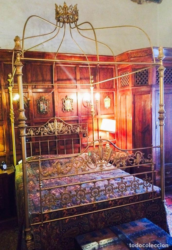 Cama de dosel de lat n con corona siglo 19 comprar - Camas de forja antiguas ...