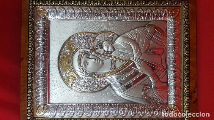 Antigüedades: Virgen con el Niño. Icono en plata de ley de 925 sobre madera. - Foto 2 - 79061141