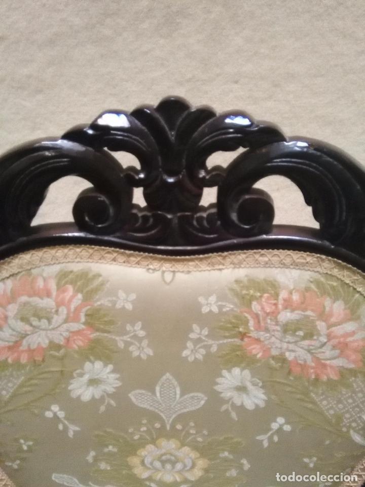 Antigüedades: preciosa silla sillon salon madera tallada para restaura con precioso tapizado brocado . leer mas - Foto 5 - 82491979