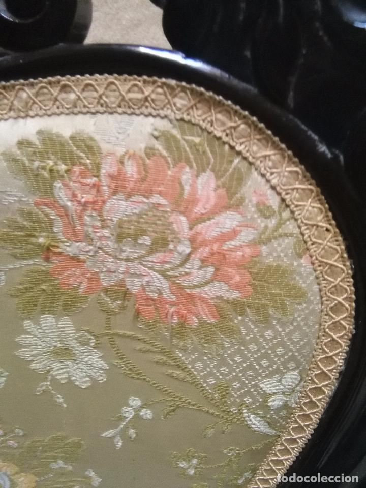 Antigüedades: preciosa silla sillon salon madera tallada para restaura con precioso tapizado brocado . leer mas - Foto 7 - 82491979