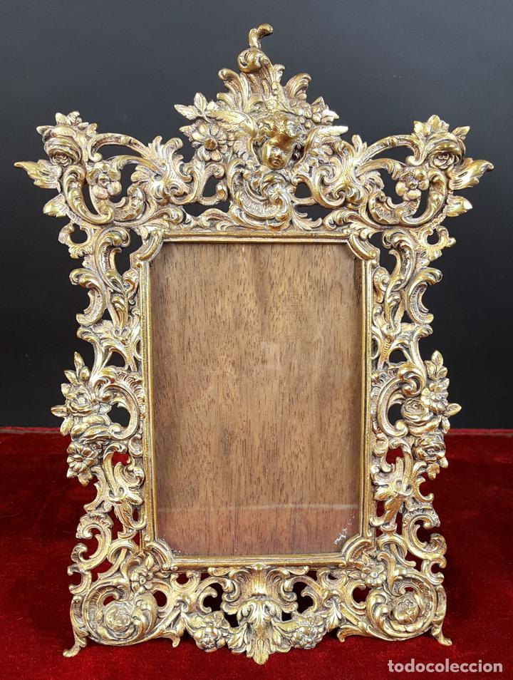 marco de fotografia en bronce dorado. estilo ro - Comprar Marcos ...