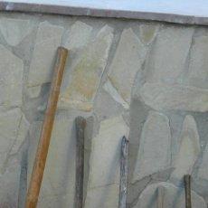 Antigüedades: HACHAS 5 UNIDADES. Lote 79031294