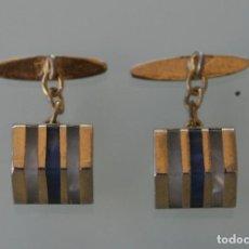 Antigüedades: ANTIGUOS GEMELOS ORIGINALES EN METAL DORADO CON DECORACION EN NACAR, AÑOS 40 / 50 VINTAGE. Lote 79150621