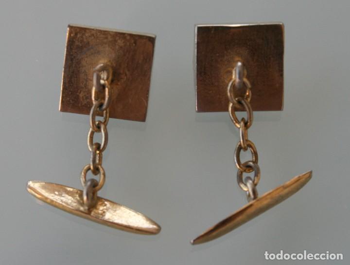 Antigüedades: ANTIGUOS GEMELOS ORIGINALES EN METAL DORADO CON DECORACION EN NACAR, AÑOS 40 / 50 VINTAGE - Foto 2 - 79150621