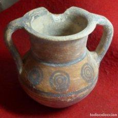 Antigüedades: EXCELENTE POTE O JARRA CHIPRIOTA DE TERRACOTA CON DISEÑO GEOMÉTRICO EDAD DEL BRONCE 2000 AC. Lote 79179565