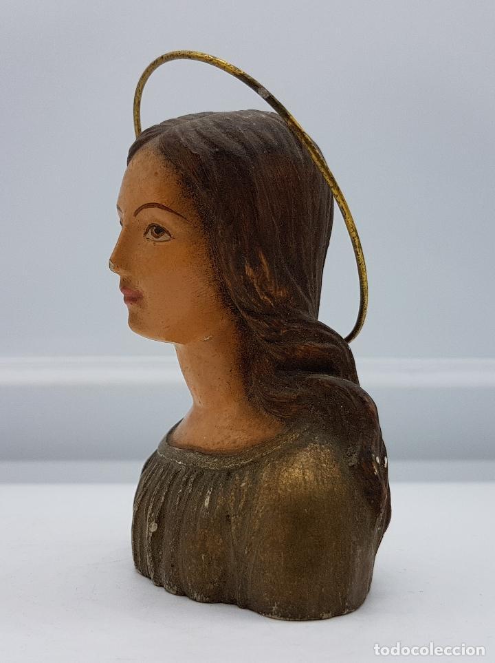 Antigüedades: Busto antiguo de virgen en yeso policromado con aureola - Foto 4 - 79292325