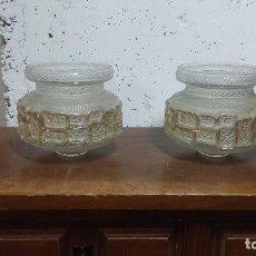 Antigüedades: DOS APLIQUES DE CRISTAL PARA LAMPARA, MUY BONITOS. Lote 79632877