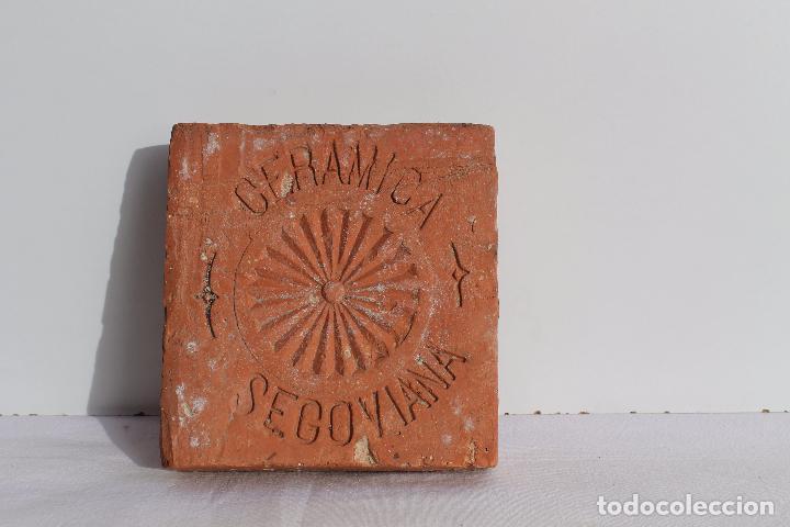 BALDOSA CERAMICA SEGOVIANA (Antigüedades - Porcelanas y Cerámicas - Otras)