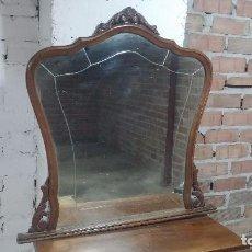 Antigüedades: ANTIGUO ESPEJO EN MADERA, BISELADO PARA CÓMODA, COMODÍN, ETC. Lote 79639801