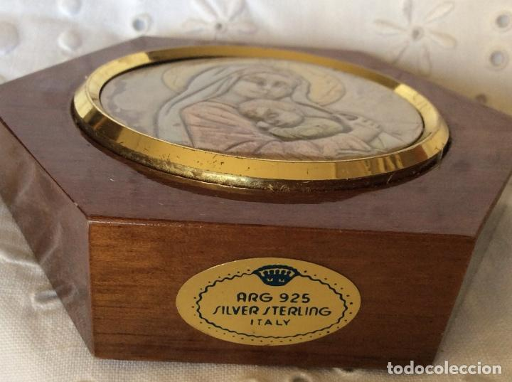 Antigüedades: BONITA IMAGÉN DE LA VIRGÉN CON EL NIÑO JESÚS PLACA DE PLATA DE LEY 925ML - Foto 5 - 79742965