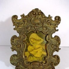 Antigüedades: ANTIGUO MARCO DE BRONCE ISABELINO IMAGEN VIRGEN CON NIÑO . Lote 79788585