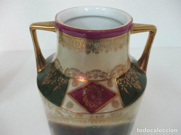 Antigüedades: Pareja de Jarrones - Porcelana - Alemanía - Esmaltada y Dorada - Sello Corona Imperial - S. XIX - Foto 8 - 79887213