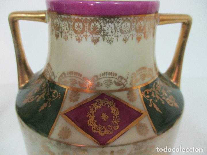 Antigüedades: Pareja de Jarrones - Porcelana - Alemanía - Esmaltada y Dorada - Sello Corona Imperial - S. XIX - Foto 9 - 79887213