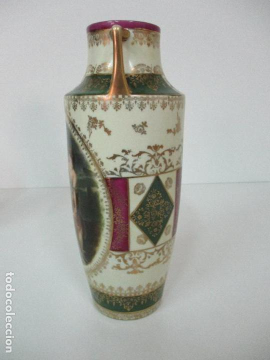 Antigüedades: Pareja de Jarrones - Porcelana - Alemanía - Esmaltada y Dorada - Sello Corona Imperial - S. XIX - Foto 10 - 79887213