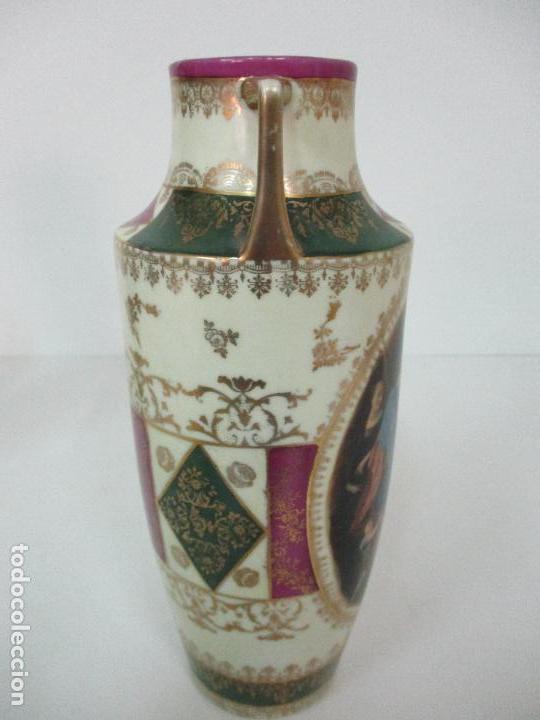 Antigüedades: Pareja de Jarrones - Porcelana - Alemanía - Esmaltada y Dorada - Sello Corona Imperial - S. XIX - Foto 15 - 79887213